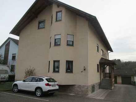 Schönes Wohnobjekt unterteilt in zwei 2-Zimmer Wohnungen in ruhiger Lage