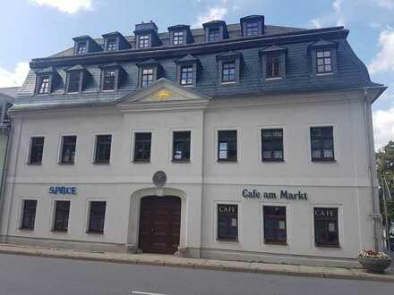 Gewerbeeinheit am Markt der Stadt Scheibenberg zu vermieten!