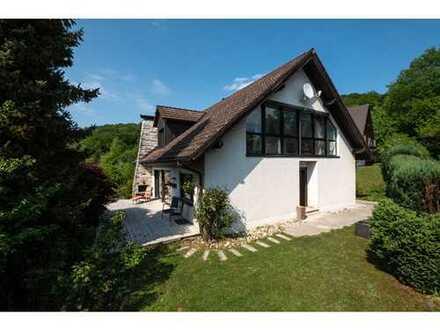 Ein- bis Zweifamilienhaus für die große Familie in schönster Ortsrandlage!