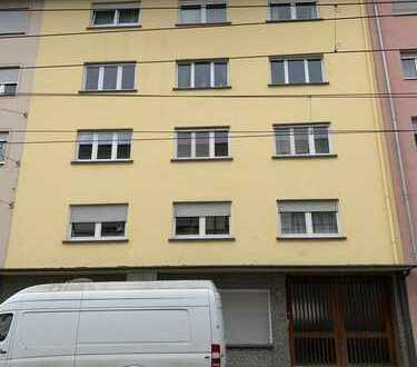 Großzügige 2 Zi-Wohnung in zentraler Lage von Mannheim