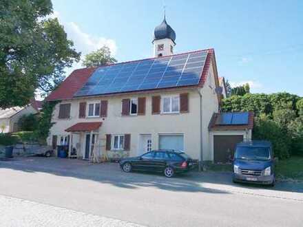 RESERVIERT! Großzügiges Wohnhaus mit PV-Anlage in der Ortsmitte von Ennabeuren!