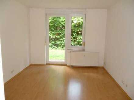 **1-Zimmer-Wohnung mit Terrasse!!**