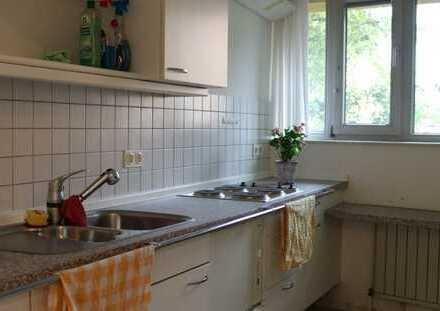 Geräumige 2-Zimmer-Erdgeschosswohnung mit Terasse in Beuel-Mitte