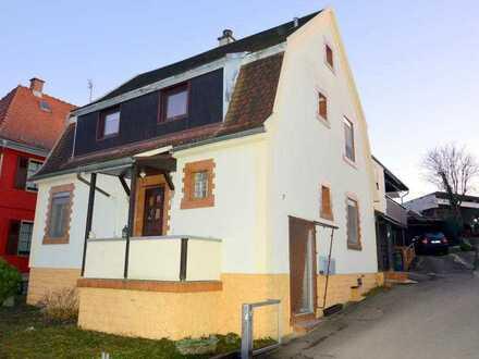 Zweifamilienhaus in ruhiger Lage mit Platz für die ganze Familie!