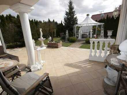 PROVISIONSFREI! Extrav: Villa mit imposantem u: sehr ansprechendem Ambiente - Am Land - In Stadtnähe