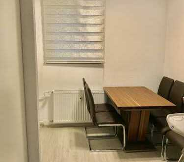 700 €, 60 m², 2,5 Zimmer
