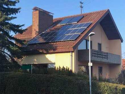 **Rarität mit Potenzial** Freistehendes Einfamilienhaus mit großem Grundstück in Birkenfeld.