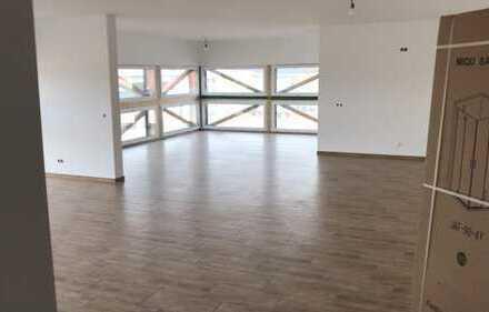 ***Büro ca. 110 m² und Top-Wohnung ca. 130 m² mit rieser Terrasse***