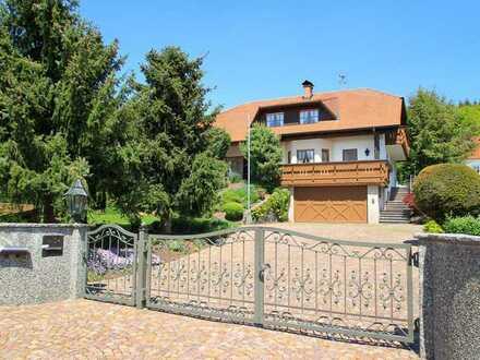 Hochwertiges Einfamilienhaus in ruhiger Waldrandlage
