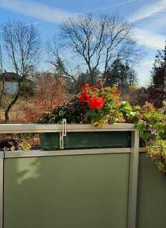 Stilvolle 3 Raumwohnung mit Balkon und Blick ins Grüne