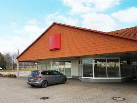 TOP RENDITE über 60.000 EUR Jährlich - vermietete Einzelhandelsfläche mit Langzeitpächter