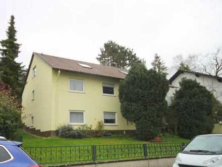 WI-Breckenheim...gemütlich 2 Zimmer-Dach-Wohnung...Ruhige Wohnlage...neuer, schicker Boden...