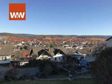 Wohnbau-Grundstück mit Doppelgarage und Freizeitgebäude in Fernblick-Lage von Erbach. *** PROVISIONS