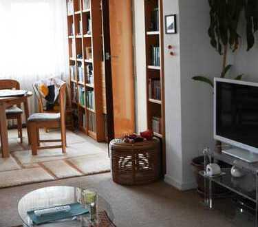 Schöne Wohnung im Dreifamilienhaus. 85 m² + großem Balkon.