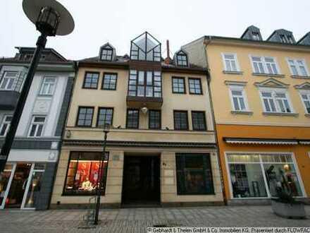 große 3 Raum Wohnung in der Georgstraße