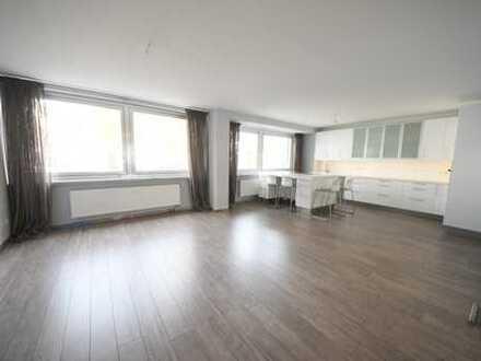 Zentrale 4-Zi. Wohnung mit offener Einbauküche und TG-Stellplatz