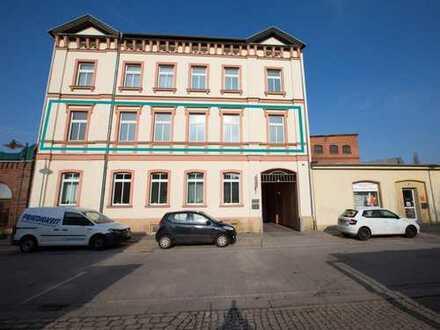 Praxis oder Büro Einheit mit Terrasse