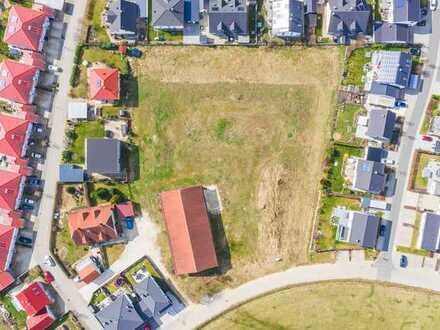 Schlüsselfertige Massivbau-Doppelhaushälfte mit Grundstück in Postbauer-Heng!