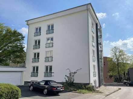 Kernsanierte 4-Zimmer-Wohnung in Weinbergnähe