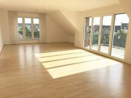 Exklusive großzügige Maisonette-Wohnung mit EBK in Rheinnähe