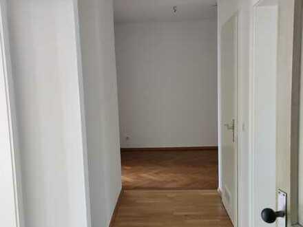 4-Zimmer Altbauwohnung am Kaiserplatz