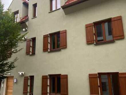 Erstbezug: freundliche 4-Zimmer-DG-Wohnung mit Balkon in Schrobenhausen