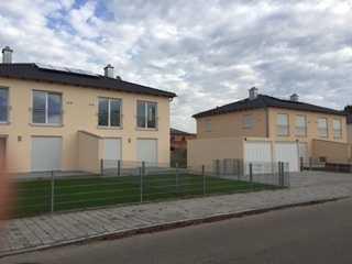 Schöne Doppelhaushälfte mit fünf Zimmern in Ingolstadt, Mailing