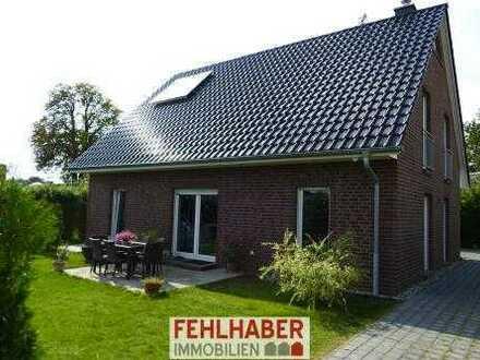 Kurzer Weg ins Zentrum Greifswalds - Neuwertiges EFH mit Kamin in Neuenkirchen