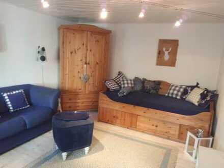 Gemütlich möbliertes 2-Zimmer Apartment, bevorzugt an Wochenendheimfahrer
