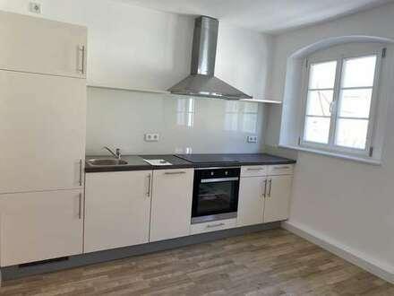 3-Zi.-Whg., 91224 Pommelsbrunn-Hartmannshof, kernsaniert 2020, Küchenzeile, Kfz-Platz