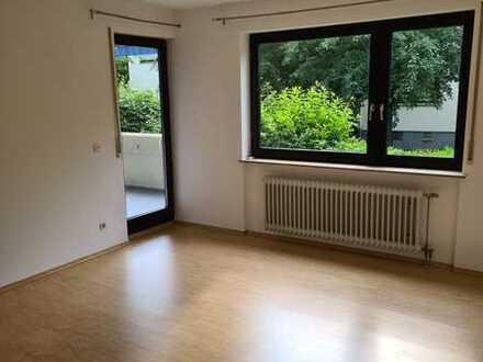 2-Zimmer-Wohnung mit 2 Balkonen und Tiefgaragenstellplatz zu vermieten!