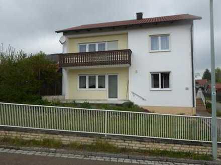 Ein-/Zweifamilienhaus in Brunn