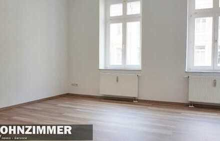 Helle neu renovierte 3- Raum Wohnung mit Balkon