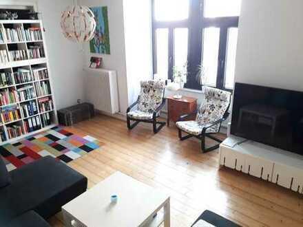 Schöne 4-Zimmer-Wohnung mit Balkon und Einbauküche in Bielefeld