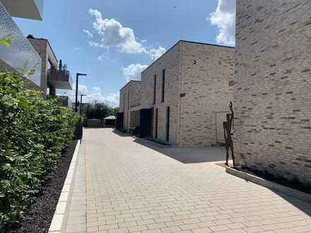 Moderner Neubau mit sechs Zimmern in Grünstadt