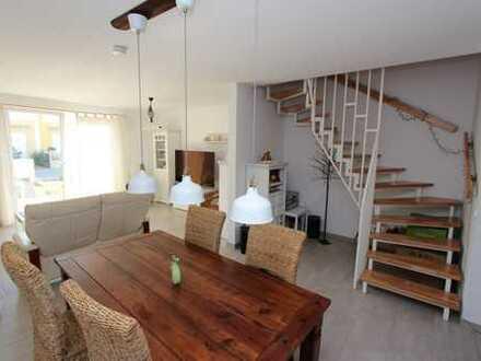 Schöne 5 Zimmer gelegen in einem Reihenmittelhaus - kleine Terrasse - Stellplatz!