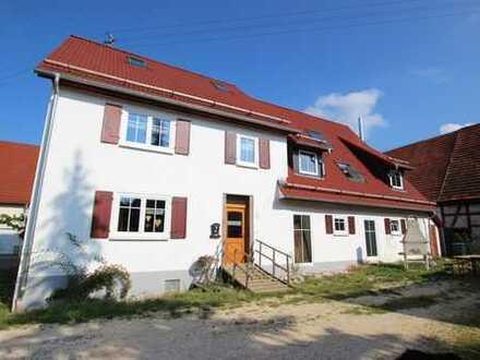 *Platz für die ganze Familie* Kernsaniertes Bauernhaus mit großem Grundstück in Blaubeuren-Asch