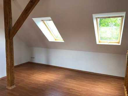 Bild_Vollständig renovierte 2-Zimmer-Maisonette-Wohnung mit Einbauküche in Frankfurt (Oder)