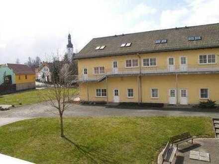 Gemütliche, kleine Maisonette-Wohnung im Vogtland -ideal für Single