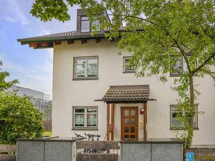 Schöne 1,5 Zimmer-Gartenwohnung in zentraler Lage von Germering