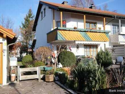 Familienfreundliche Doppelhaushälfte mit Garage in Krugzell