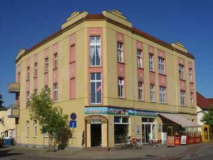 Schöne, geräumige zwei Zimmer Wohnung in Potsdam-Mittelmark (Kreis), Werder (Havel)