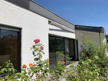 Bungalow mit Einliegerwohnung in bester Wohnlage Hoberge-Uerentrup