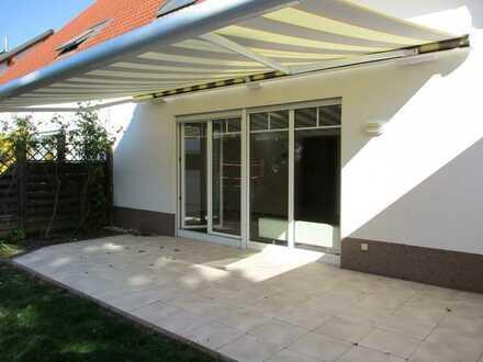 Gepflegte Doppelhaushälfte mit 5 Zimmern, Garage und Einbauküche in Gau-Algesheim, Gau-Algesheim