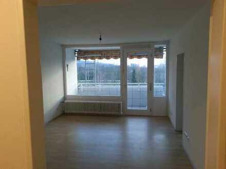 Helle 2 ZKB Wohnung mit Einbauküche