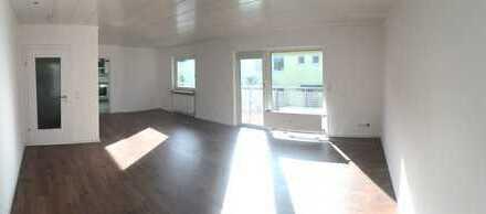 Schöne drei Zimmer Wohnung in Hochtaunuskreis, Friedrichsdorf
