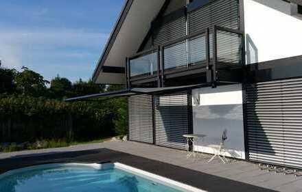 Davinci-Designer Haus mit Aussenpool