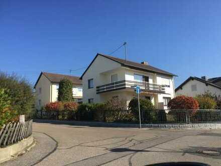 Schönes sehr gepflegtes EFH - fünf Zimmer in Mainburg/Sandelzhausen.