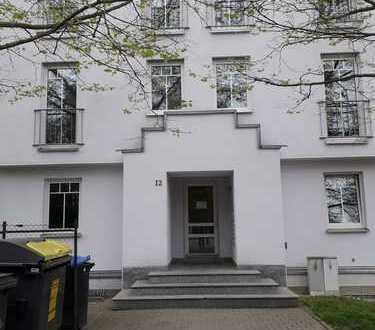 Attraktive 1-Zimmer-EG-Wohnung mit Garten und Einbauküche teilmöbliert in Chemnitz