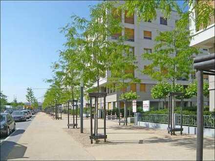 """""""Le Flair"""" in Düsseldorf-Pempelfort, helle 4-Raum-Wohnung mit Parkett, 2 Bädern und Loggia."""